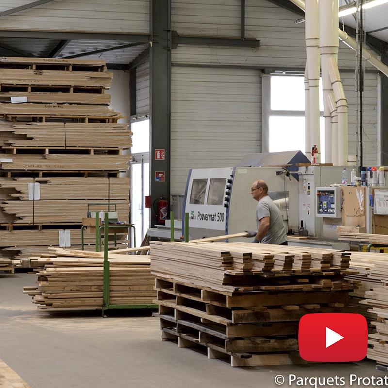 Fabrication de plinthes en chêne massif