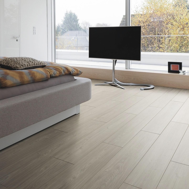 balai pour parquet stratifi parquet stratifi revtement. Black Bedroom Furniture Sets. Home Design Ideas