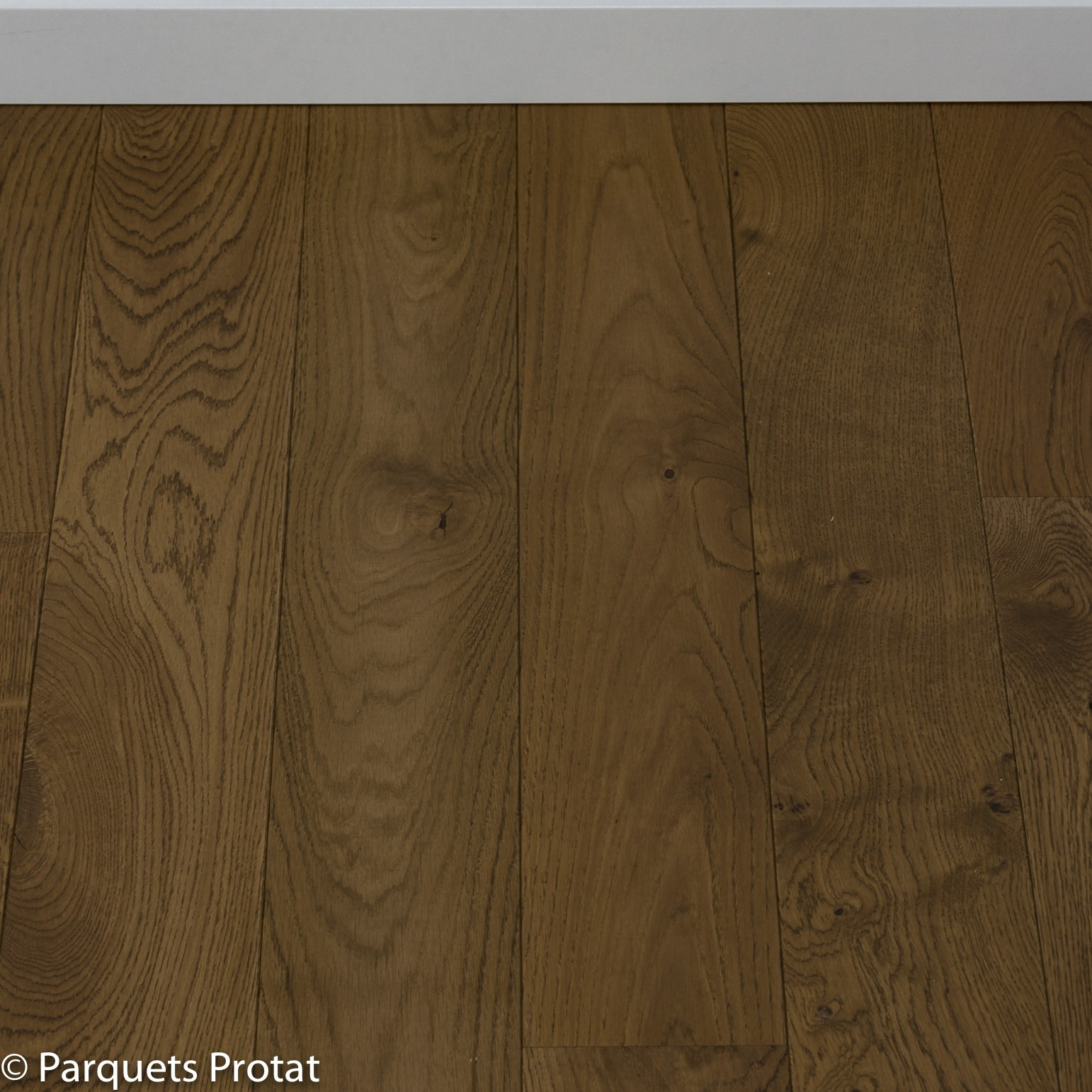 parquet flottant cv dark oak. Black Bedroom Furniture Sets. Home Design Ideas