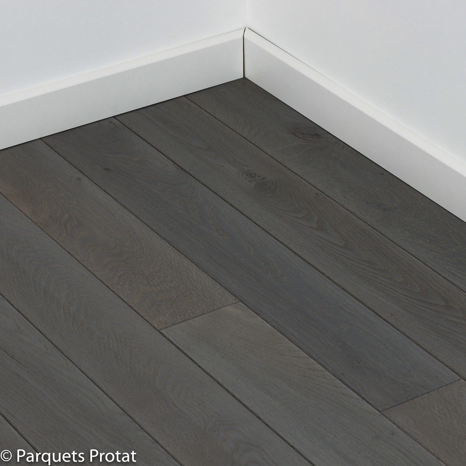 parquet stratifi gris fonc voir parquet details with parquet stratifi gris fonc finest parquet. Black Bedroom Furniture Sets. Home Design Ideas