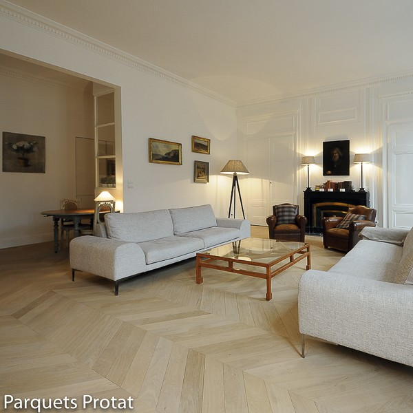 parquet ch ne massif point de hongrie choix prestige. Black Bedroom Furniture Sets. Home Design Ideas