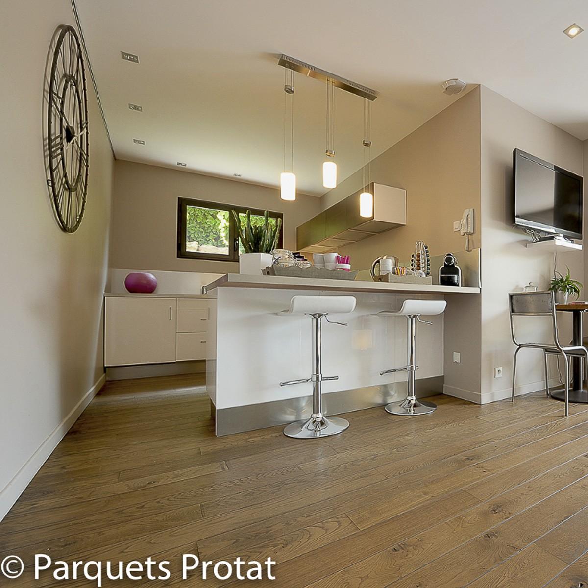parquet ch ne massif brut lame large xxl parquets protat. Black Bedroom Furniture Sets. Home Design Ideas
