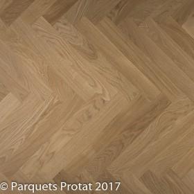 PARQUET CHENE MASSIF BATON ROMPU CHOIX PREMIER, LARGEUR 70 mm