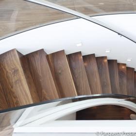 Panneau Noyer étuvé massif pour marches et contre-marches escalier