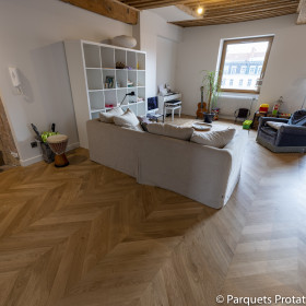 PARQUET CHENE MASSIF 14 mm AUTHENTIQUE POINT DE HONGRIE LARGEUR 85 mm