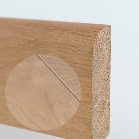 PLINTHE CHENE MASSIF 13 x 70 mm 1B BORD ARRONDI HUILÉ BLANC INTENSE