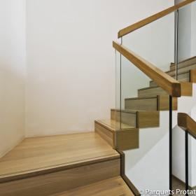 Panneau Châtaignier massif pour marches et contre-marches escalier